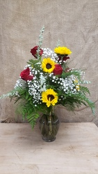 ROSES & SUNFLOWERS from Beck's Flower Shop & Gardens, in Jackson, Michigan
