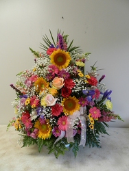 Bright Trad.Funeral Arrangement from Beck's Flower Shop & Gardens, in Jackson, Michigan